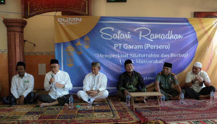 Safari Ramadhan PT Garam di Gersik Putih